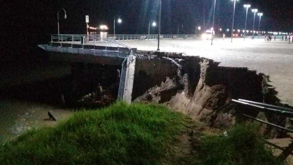 Rosario: afirman que por la bajante se derrumbó parte del muelle de Parque España