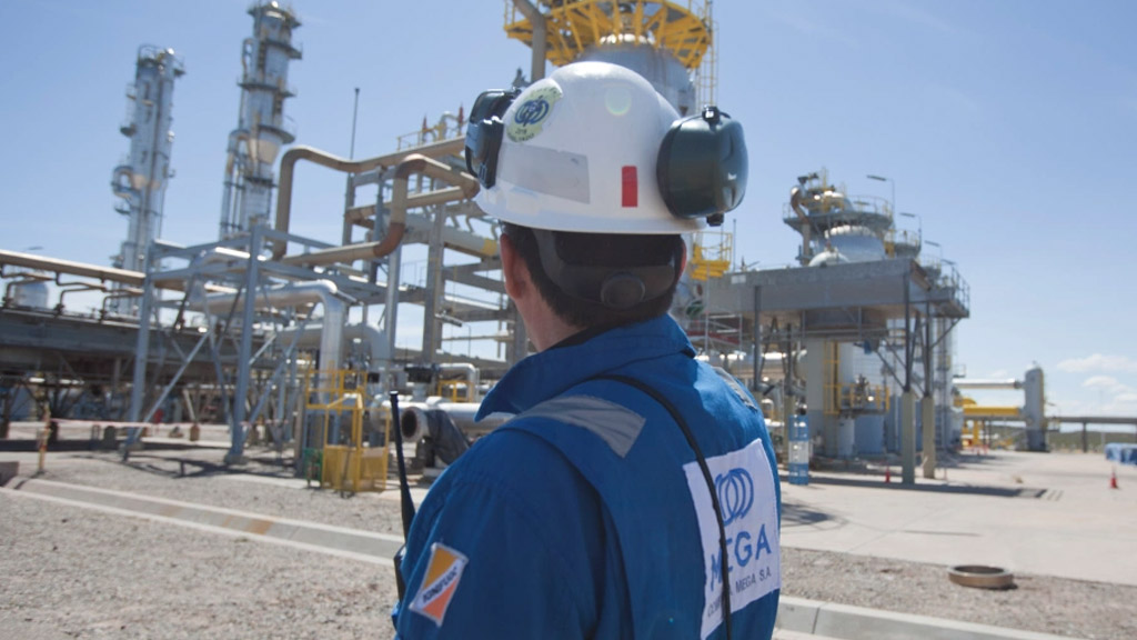 Compañía Mega validó la capacidad de su poliducto entre Vaca Muerta y Bahía Blanca
