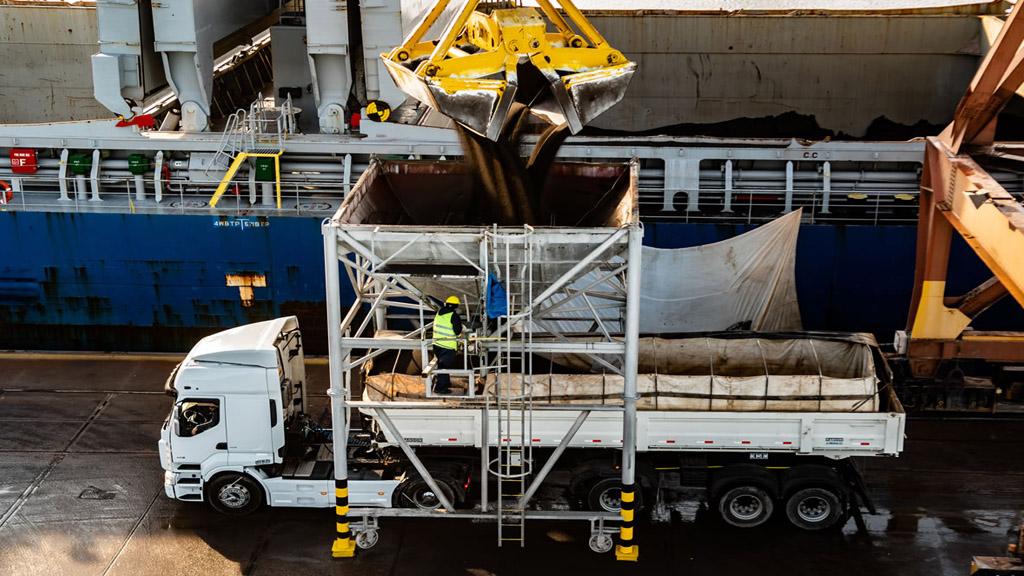 Los costos del transporte de carga alcanzan 35,7 % en 2021 y ya superan a los de todo 2020