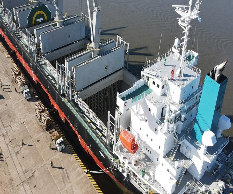 Siguen siendo incesantes las exportaciones de madera desde Concepción del Uruguay