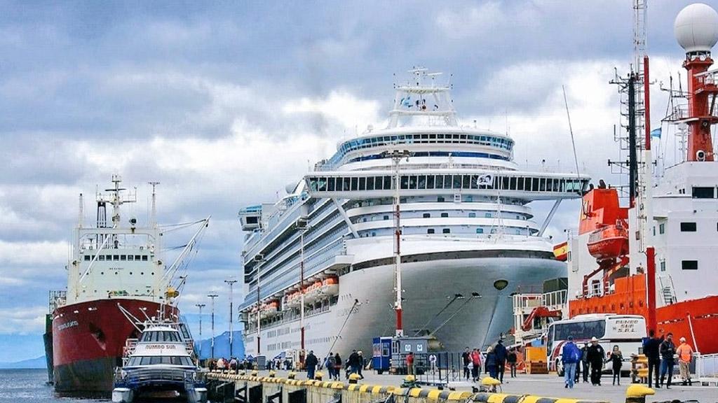 Ushuaia tiene confirmadas 260 recaladas de cruceros para esta temporada