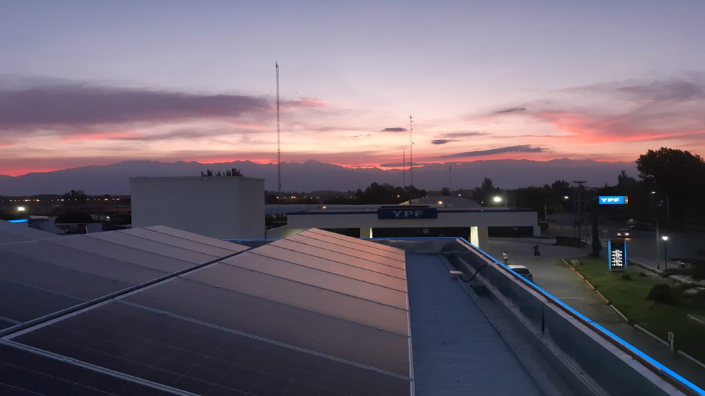 YPF potencia su presencia en el mercado de energía solar