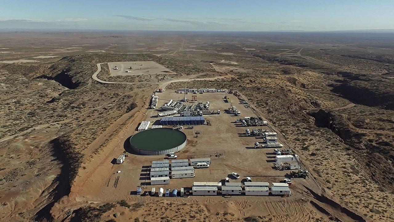 YPF sumará nuevos equipos para retomar la actividad en la cuenca neuquina