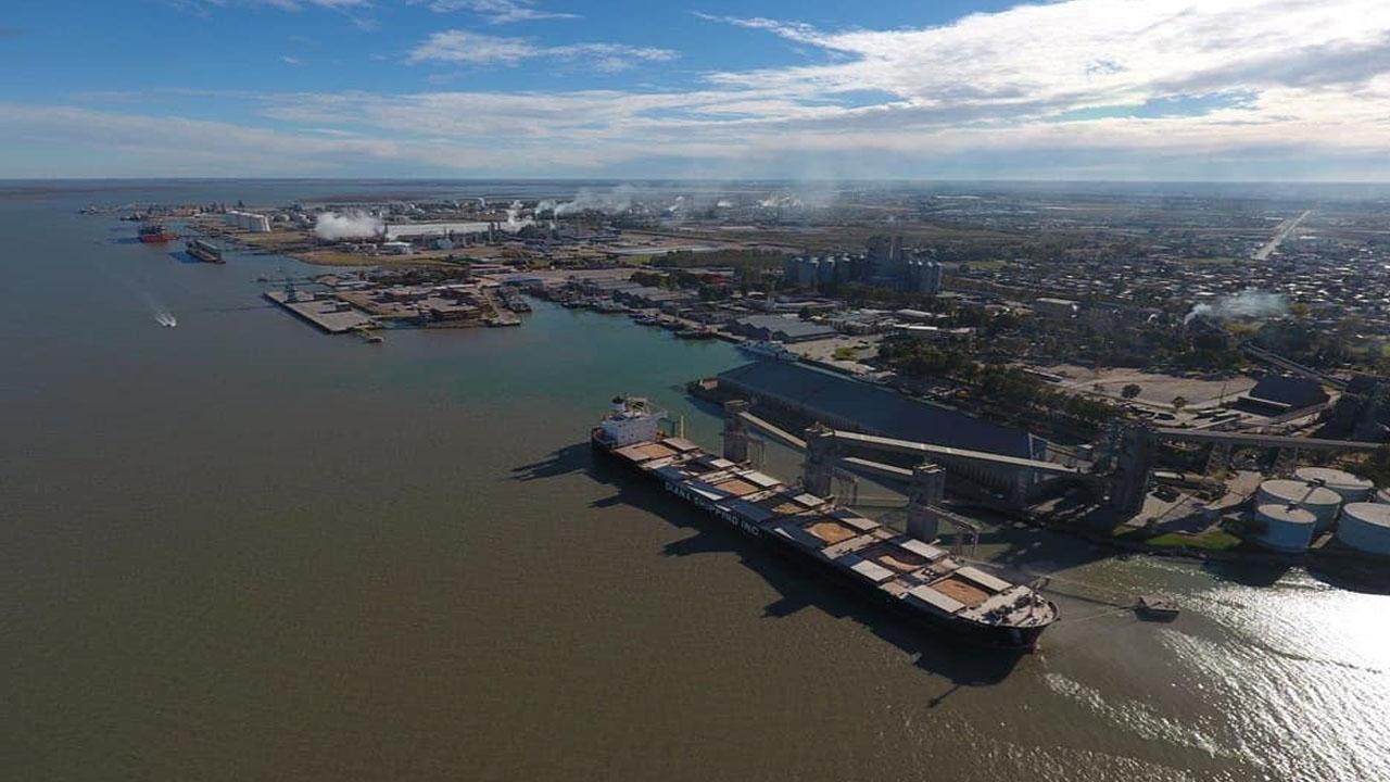 Bahía Blanca puede ser el Puerto Federal de aguas profundas que necesita la Argentina