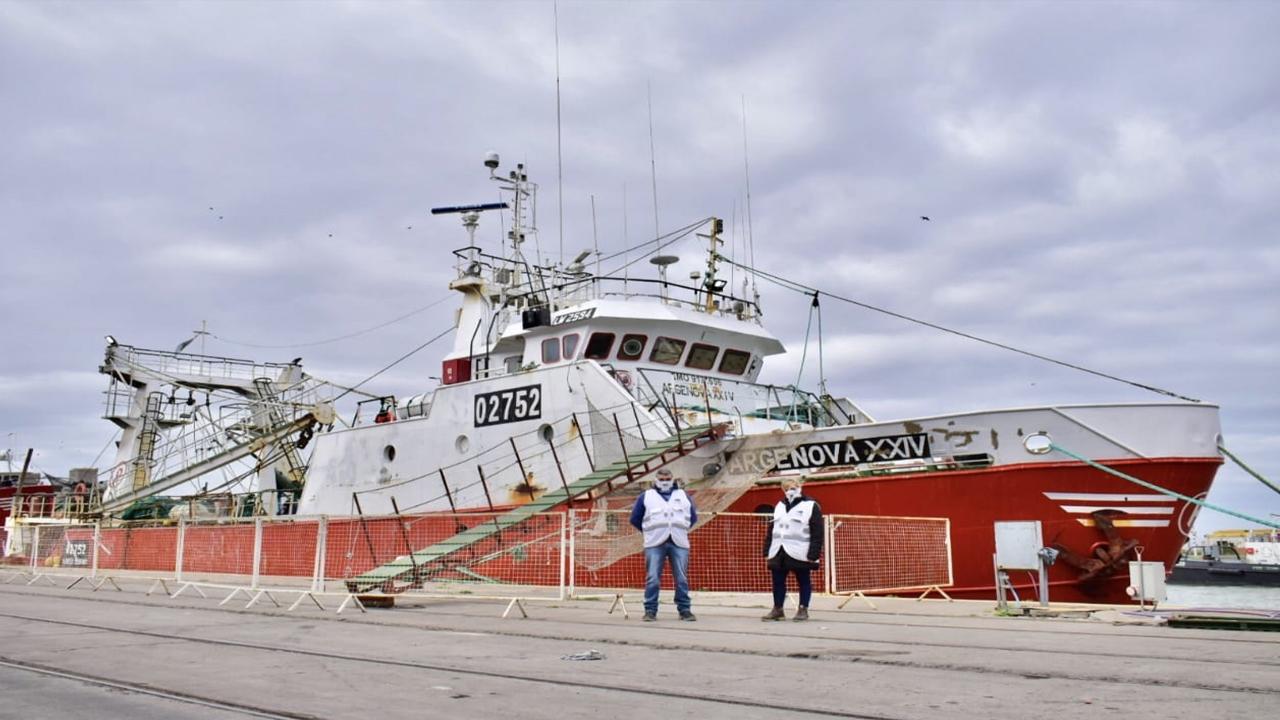 Otro pesquero con casos de Covid está en una burbuja sanitaria en el puerto de Bahía Blanca