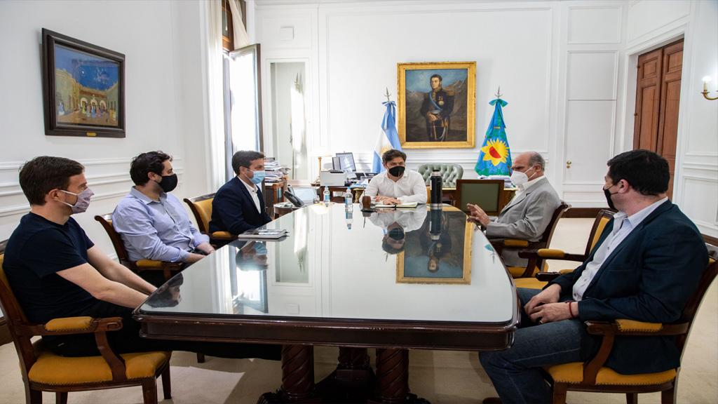 """Kicillof puso en funciones a Jorge""""Pampa"""" Alvaro al frente de Puerto Quequén"""