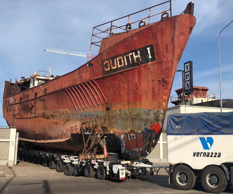 Avanza el retiro de buques inactivos en el puerto de Mar del Plata y se liberan  zonas productivas