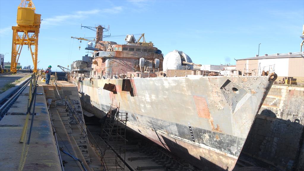 Las causas que impidieron convertir en museo al histórico buque ARA Santísima Trinidad