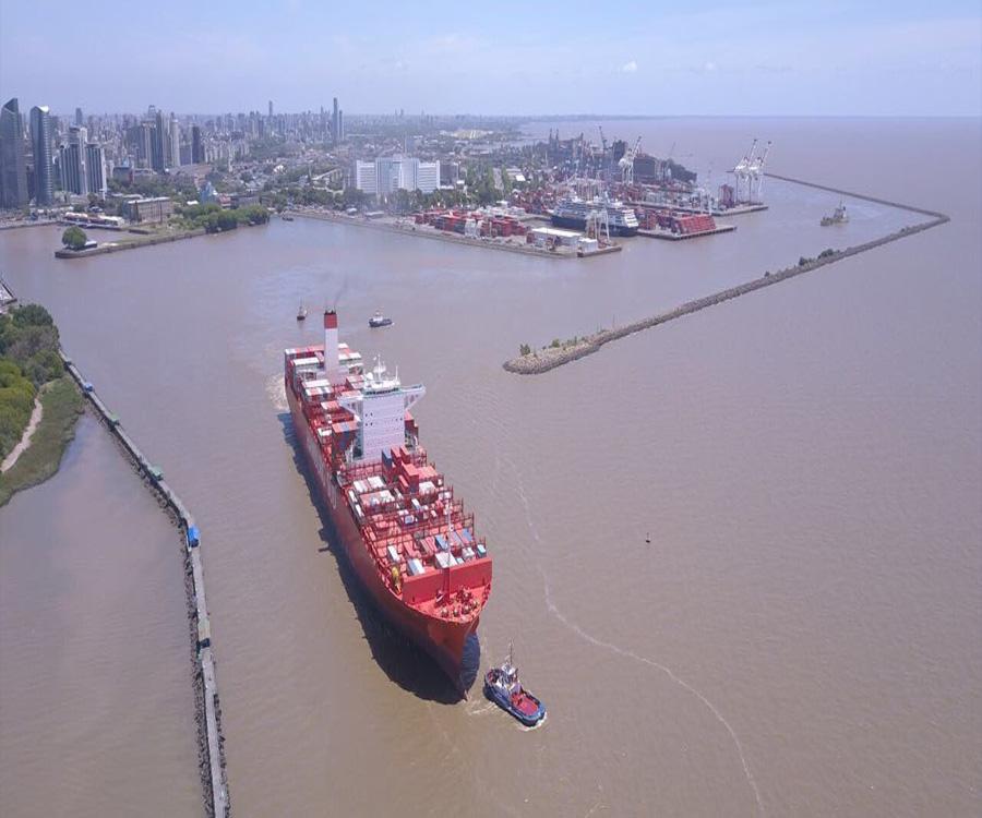 """""""El canal de acceso al puerto de Buenos Aires ya quedó obsoleto y hay que reformularlo"""""""