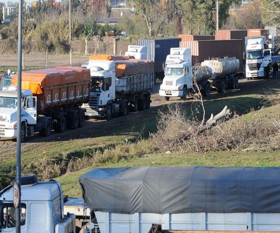 Se agrava la inactividad en varios puertos por el paro de transportistas autoconvocados
