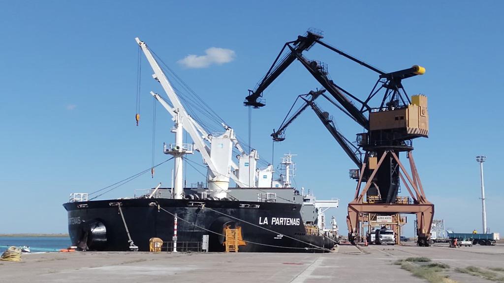 El puerto de Bahía Blanca sigue afianzando vínculos con Vaca Muerta
