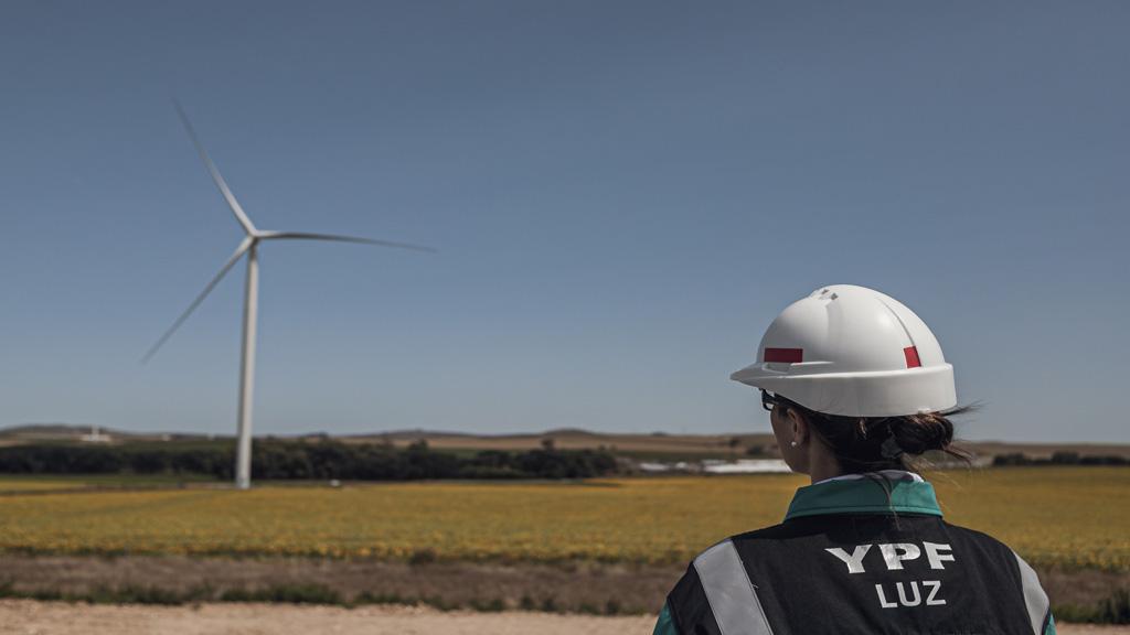 Autorizan el ingreso de parque eólico Los Teros II de YPF al mercado eléctrico