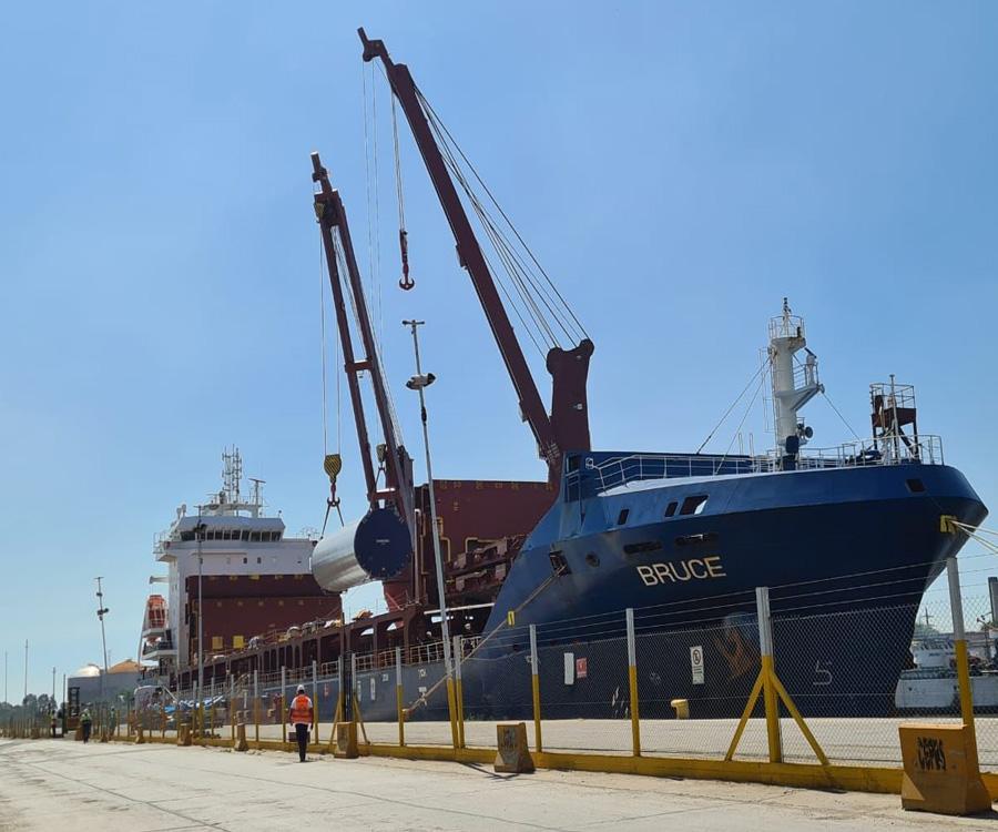 Video: nueva exportación de torres eólicas por el puerto de Dock Sud