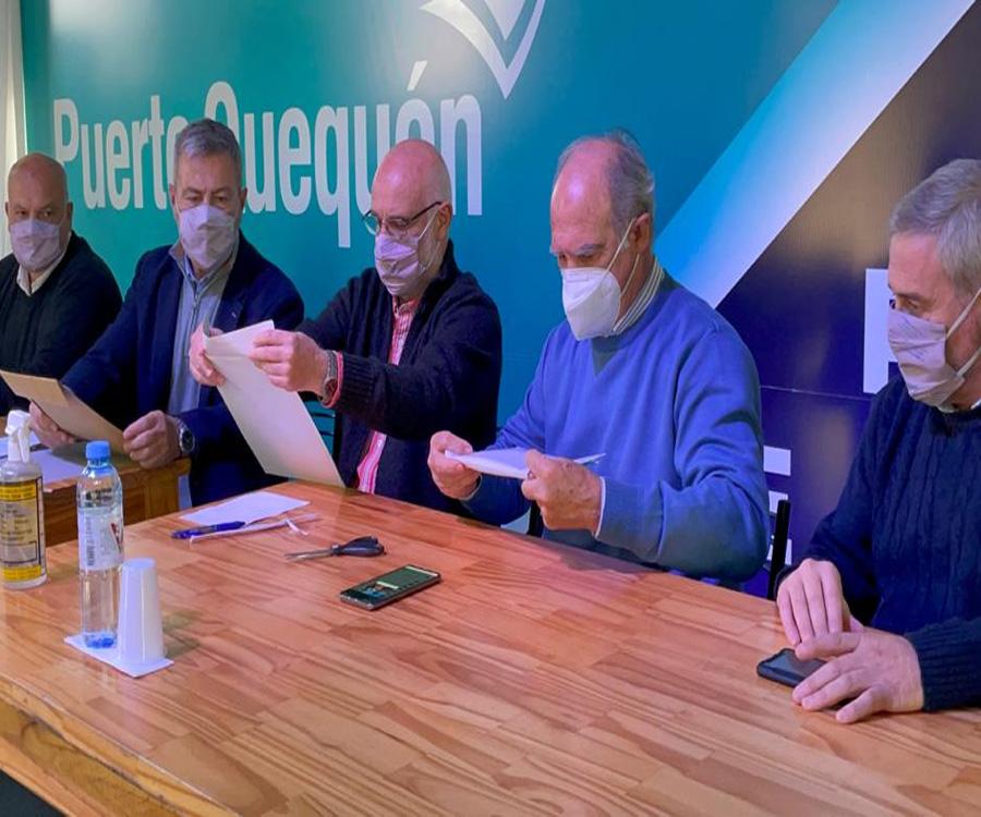Puerto Quequén avanza con tres licitaciones clave para su funcionamiento