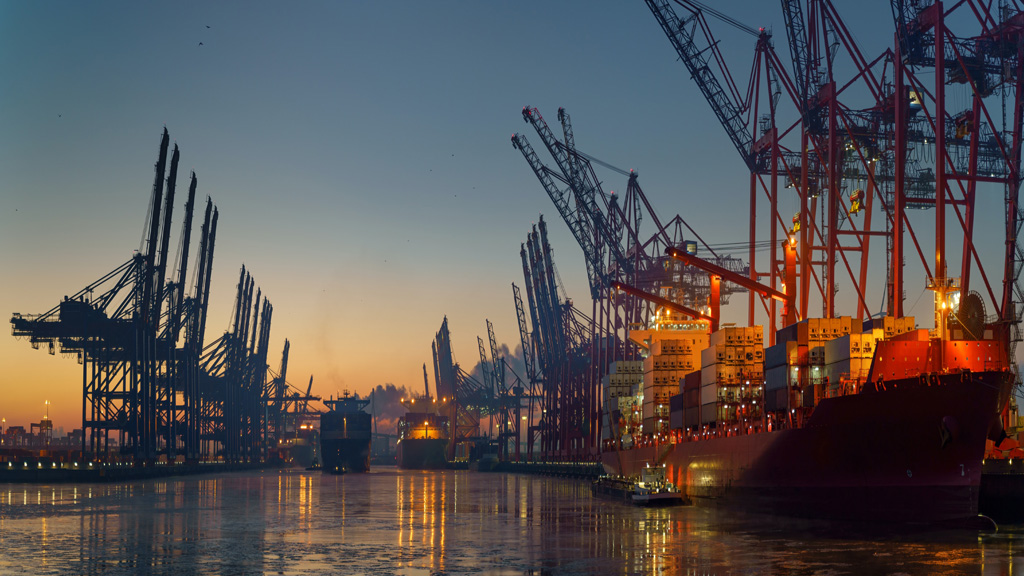 Megabuques portacontenedores: así se mueve el 80% del comercio internacional