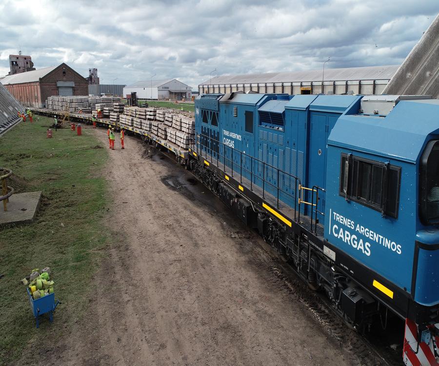 Trenes Argentinos ya movilizó 38 mil toneladas de durmientes para el ferrocarril de carga